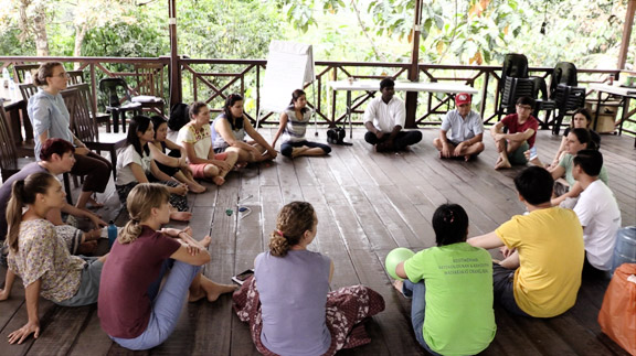 About Classroom of Many Cultures